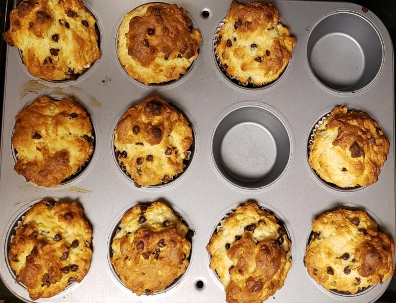 healthy recipe gluten free chocolate chip muffins.jpg